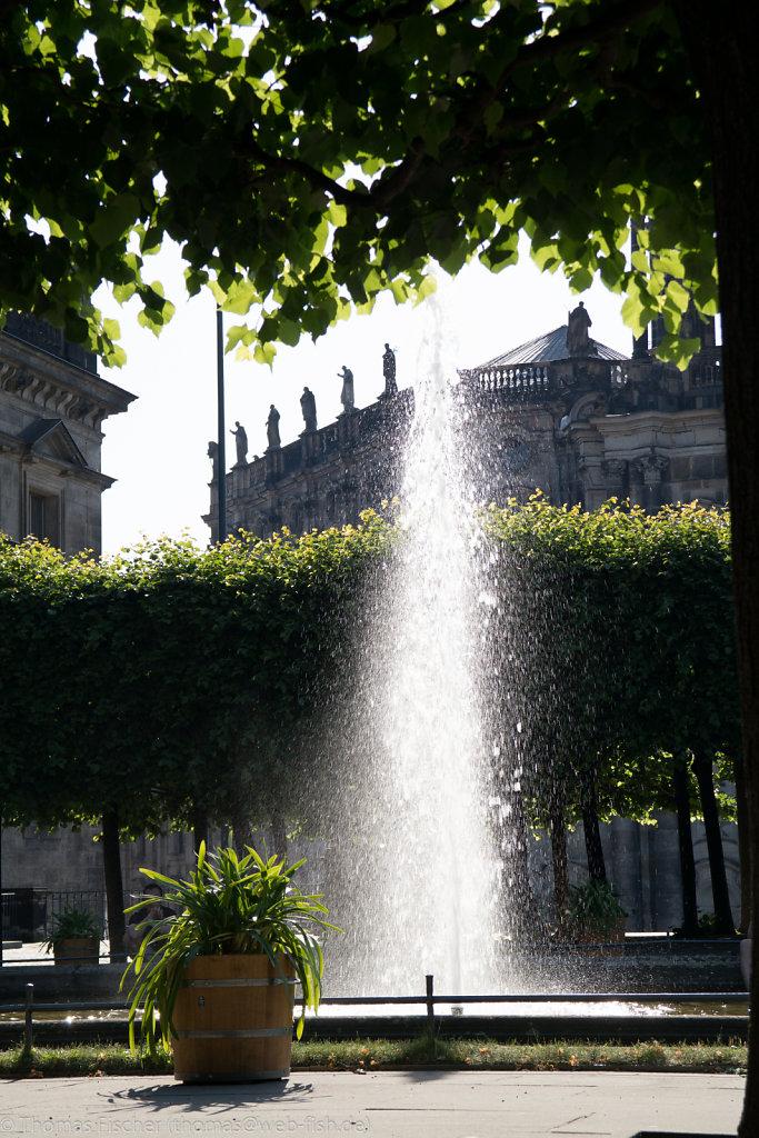Springbrunnen auf Brühlsche Terrasse